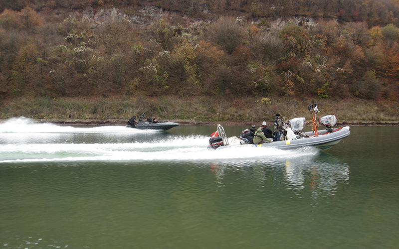 Expendables-2,-Fast-camera-boat