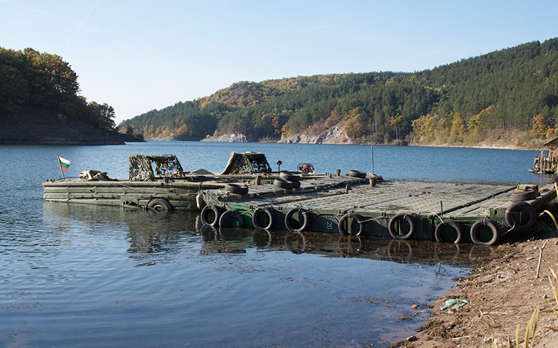 Military-Pontoons-used-for-Expendables-II