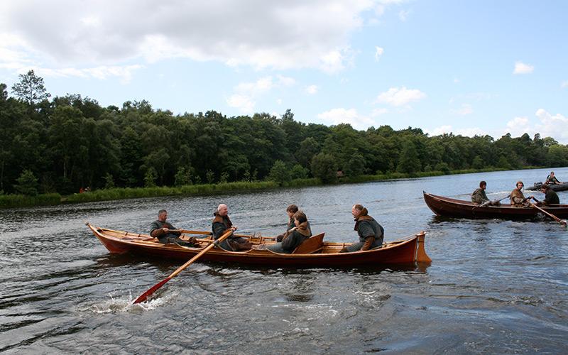 Skiff-boat