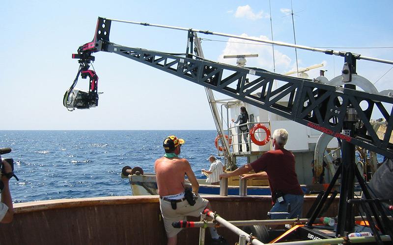 Tomb-Raider-II,-Camera-crane-on-boat